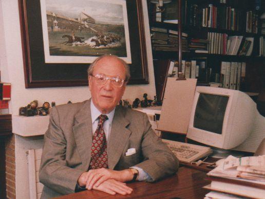 Sr. Gustavo Randhor Vargas, destacado y respetado Empresario Nacional,  formador de emprendedores