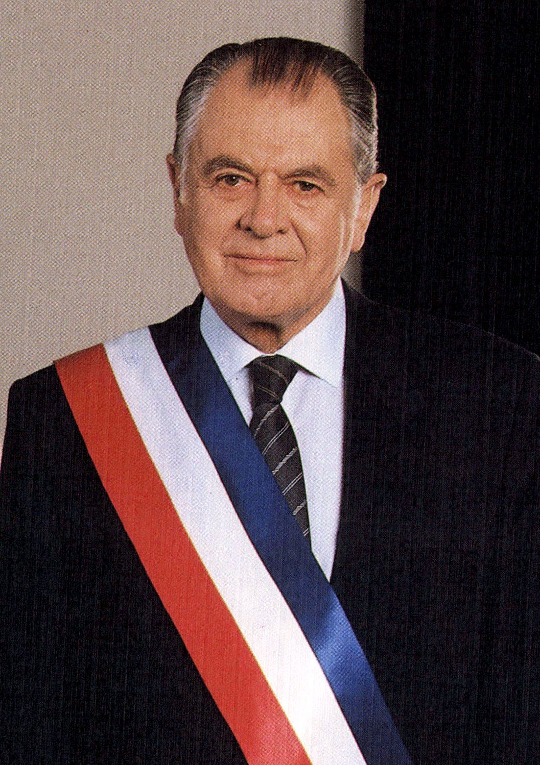 Patricio Aylwin Azócar abogado chileno. Fue Presidente de la República