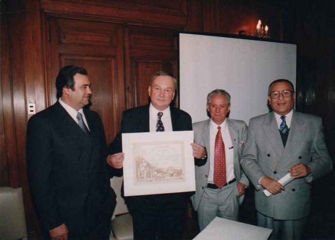 Incorporación del Embajador de Checoslovaquia a la Sociedad Científica