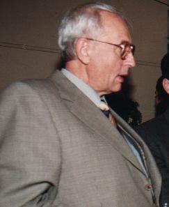 Giorgio Vomiero, Comunicador social, constituyó un aporte al sector de la Tecnología en nuestro País